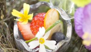 春のフルーツの画像