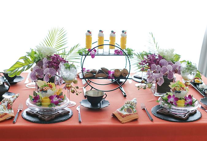 アジアンのテーブルコーディネートの画像