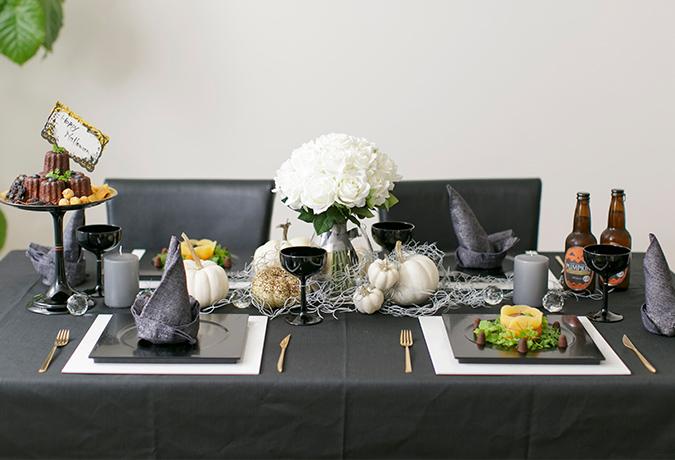 ハロウィンのテーブルコーディネートの画像