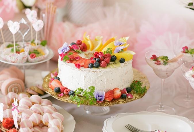 いちごのケーキの画像